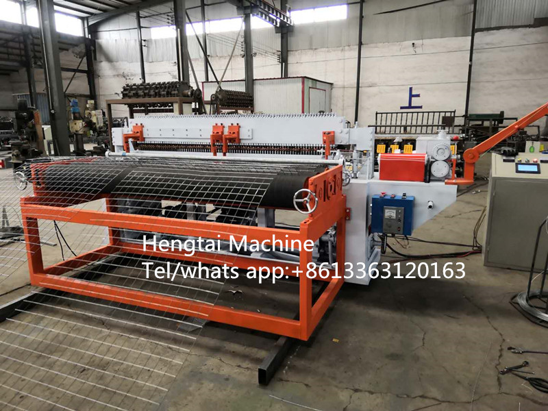 Automatic welded wire mesh machine in roll